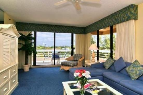 Longboat Bay Club: Living Room