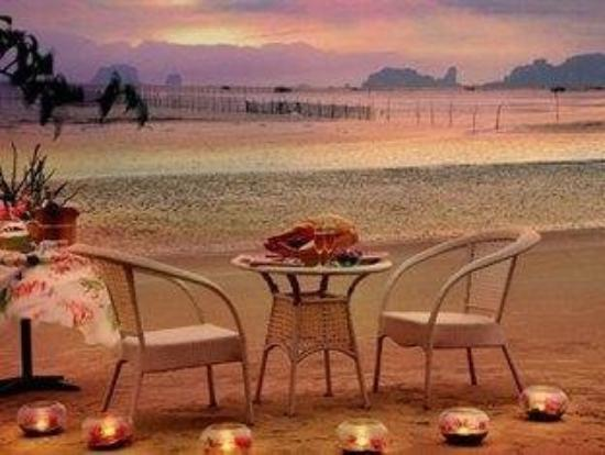 Islanda Hideaway Resort: Sunset Dinner