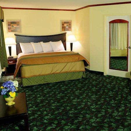 Executive Inn - Park Avenue Hotel : Executive Innand Suites Leonardtown MDExecutive Su