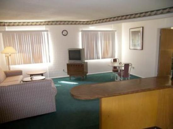 El Dorado Inn: Room