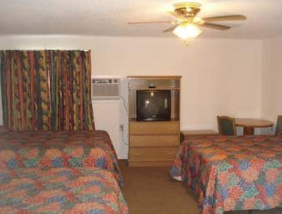 Arizona Inn & Suites: Guest Room