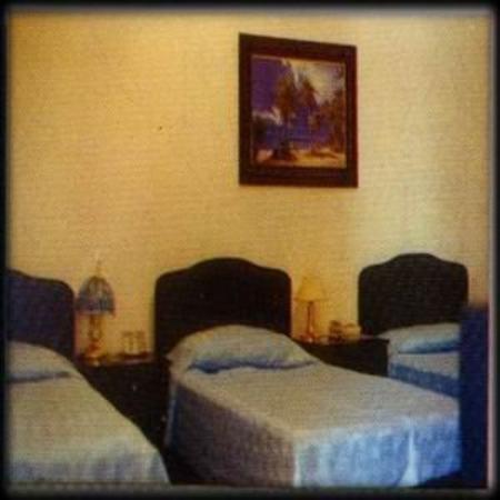 Haxhiu Hotel: Guest Room
