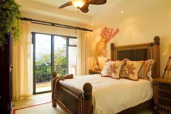 The Ocean Hotel: Guest Room