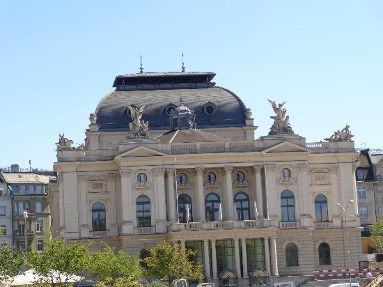 Opernhaus: Opera House - Zurich, Switzerland