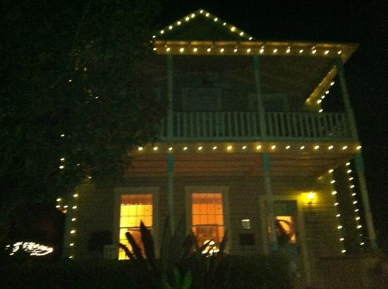 At Journey's End Bed & Breakfast: night view