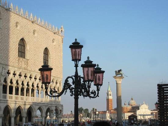 Bed and Breakfast Corte Campana: The magic of Venice!