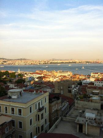 Georges Hotel Galata: vista do restaurante no topo do hotel - Bósforo