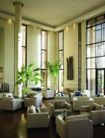 Park Hyatt Jeddah - Marina, Club & Spa: Bar/Lounge