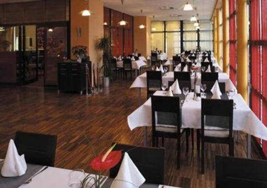 Quality System Hotel Poznan: PLJ