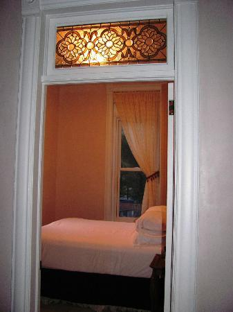 Palace Hotel: View into one of the bedrooms in Suite 205