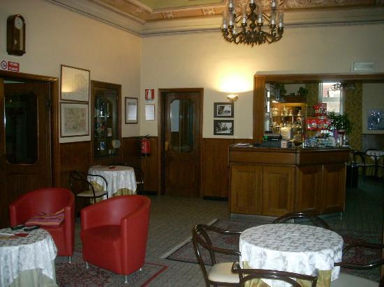 Hotel Il Pino: la sala reception