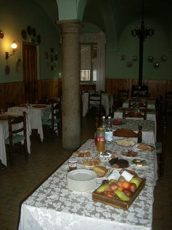 Hotel Il Pino: la sala ristorante adibita alla colazione