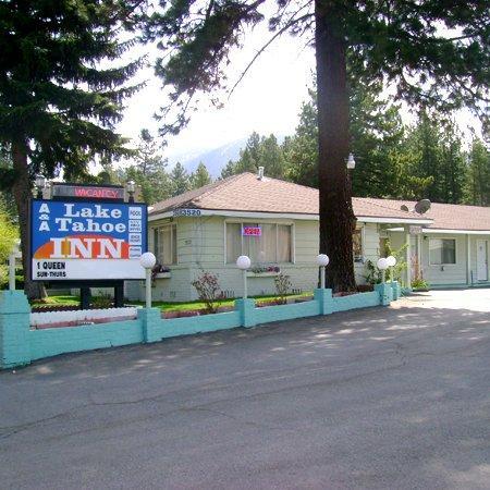 A&A Lake Tahoe Inn: Lake Tahoe Inn Lake Tahoe CAExterior