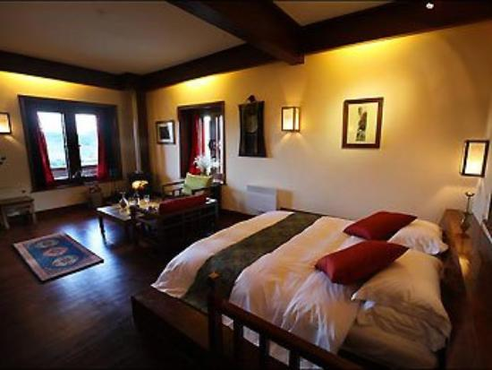 Songtsam Retreat at Shangri la - MGallery Collection: Guest Room