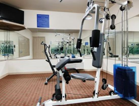 Palace Inn Baytown : Fitness Center