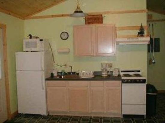 Nantahala Cabins: Cabin #3 - Kitchen