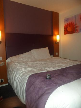 Premier Inn Cardiff City South Hotel: ROOM 14