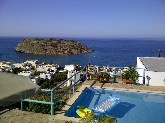 Mohlos Villas: View from Kalypso