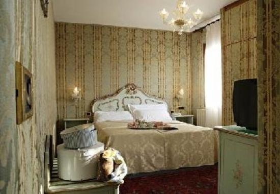 Hotel Castello: Double Room