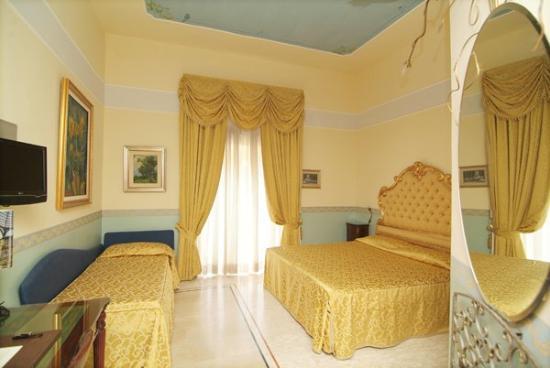 Hotel Art Resort Galleria Umberto: Fotpe