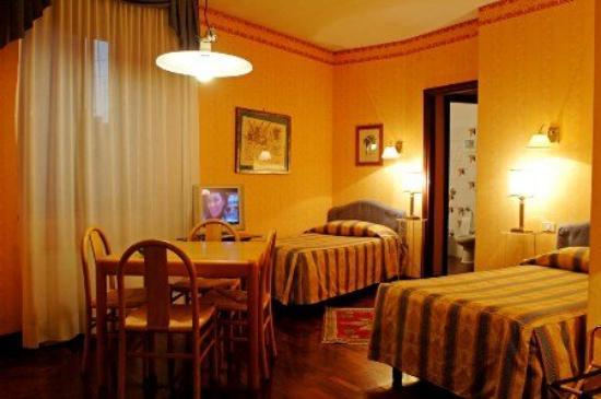 Aparthotel Verona House: Twin Room