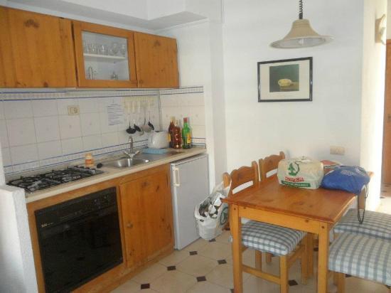 Apartamentos HG Cristian Sur: cocina
