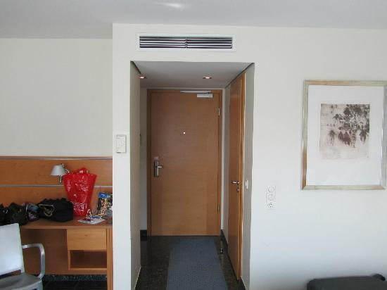 Avidon Art & Design Hotel: Kamer binnern