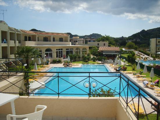 Photo of Summerland Hotel & Bungalows Ialyssos