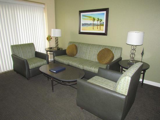 WorldMark Oceanside Harbor: Sofa and Chairs
