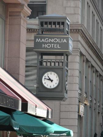 Magnolia Hotel Denver: Magnolia Hotel Clock