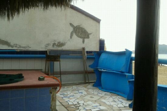 Hotel San Felipe: Area de alberca deteriorada