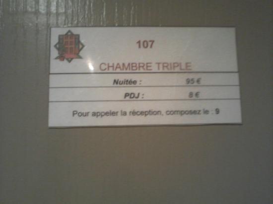 Tarif Affich Sur La Porte De La Chambre  Photo De Alize Plage