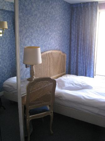 Hotel Baudelaire Opera: Room 52 double-bed