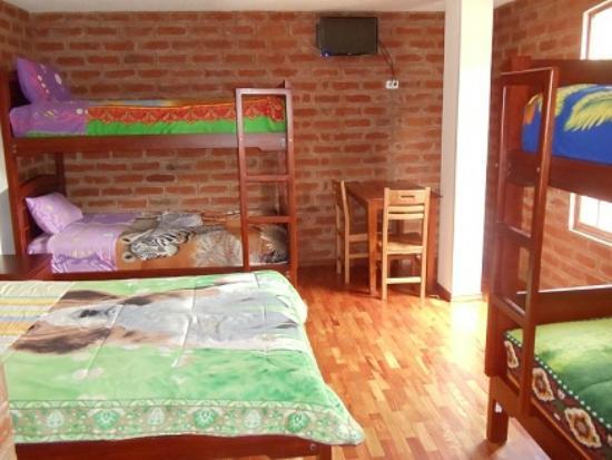Hostal D' Mathias : habitaciones multiples