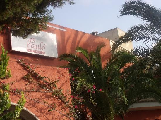Es Baulo Petit Hotel: Front Roof 