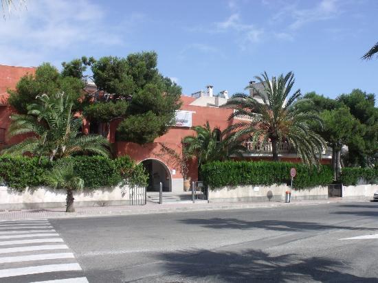Es Baulo Petit Hotel: Front 