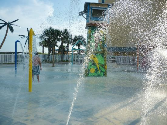 Ramada Plaza Fort Walton Beach Resort/Destin: Sprinkle park