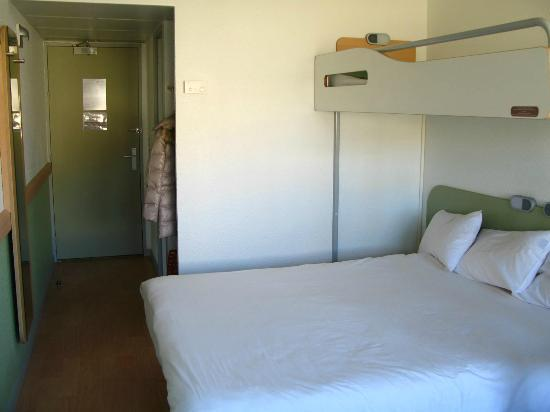 Ibis Budget Avignon Centre : Una delle camere ristrutturate
