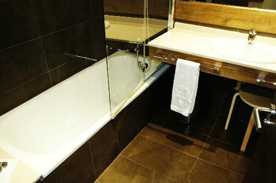 Hosteria de Torazo: baño