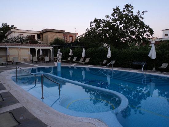 Sant'Agata sui Due Golfi, Italia: -