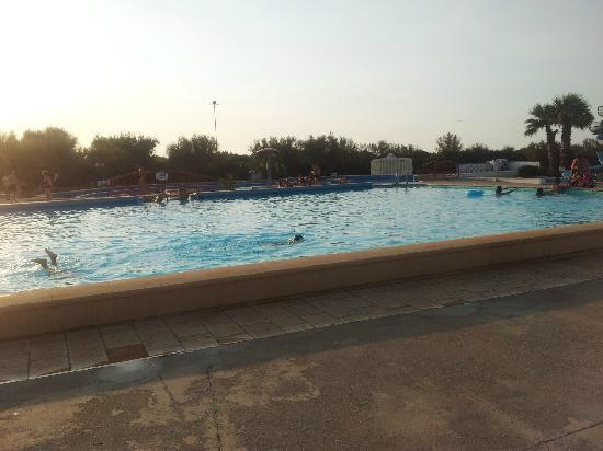 Camping Villaggio Lamaforca: Piscina