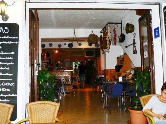 La Granada: The bar