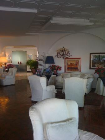 Cavalieri Palace: sala