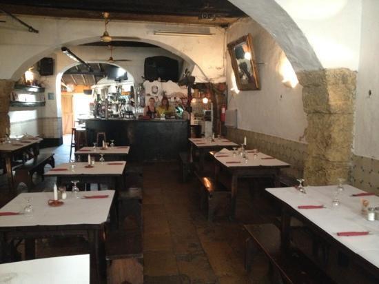 Mullens Restaurant and Bar: finns även en innergård.