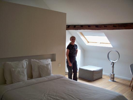 X2Brussels: Top floor room