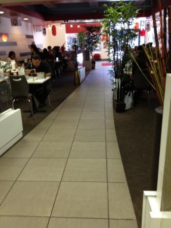 Tokyo Express: Dining area. Good service here.