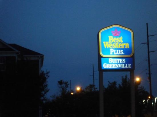 BEST WESTERN PLUS Suites-Greenville: Beschilderung