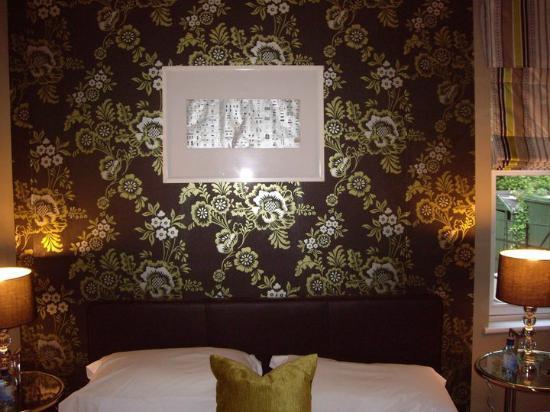 Westwood: Room 4