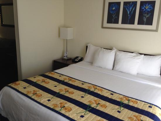 SpringHill Suites Pasadena Arcadia: good bed