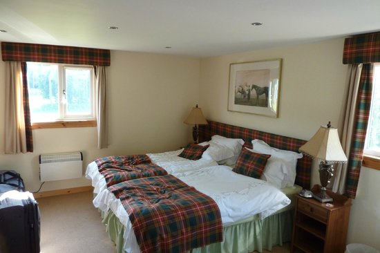 Scottish Equestrian Hotel: Double room for adult guests